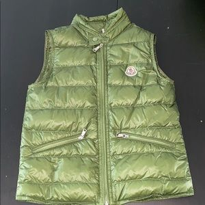 New Kids Moncler Down puff vest w/Carrying Case 6Y